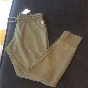 NWT. Free people sweatpants. Medium. Olive green.